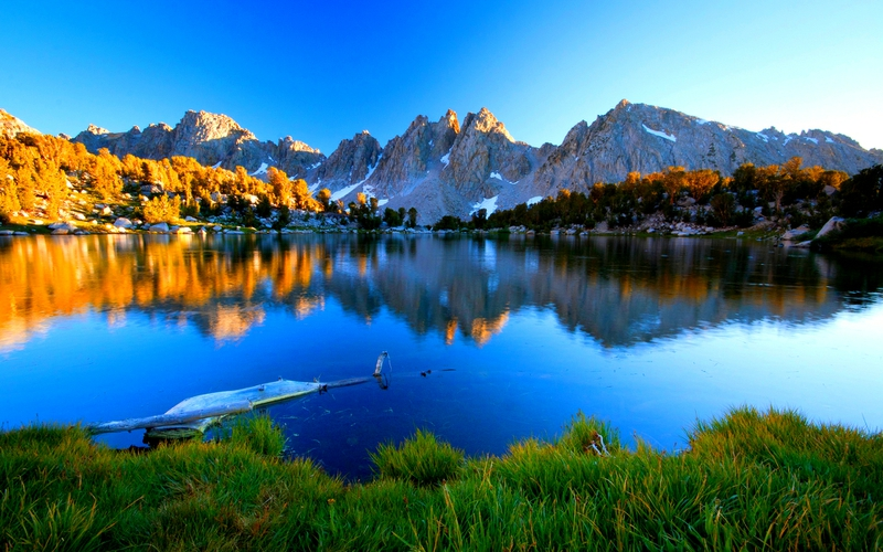 0-mountain-lake
